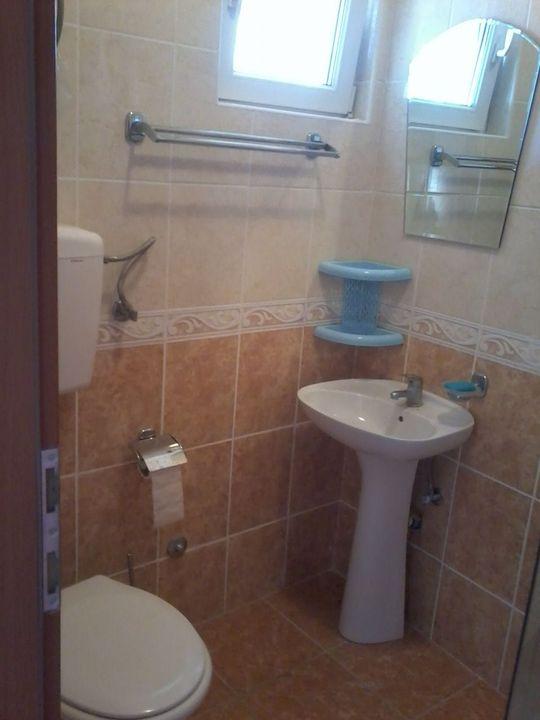2etag-tualet